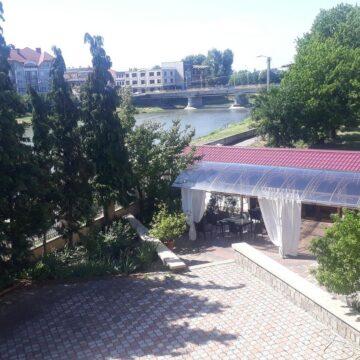 synevyr_hotel_04